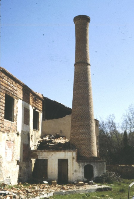 Chimenea Fábrica de la Borra. Segovia
