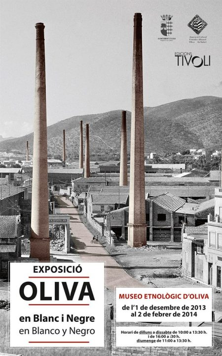 Cartel anunciador de la exposición Oliva en blanc i negre. Fuente: http://oliva.es/noticia/7561_exposicio-oliva-en-blanc-i-negre/