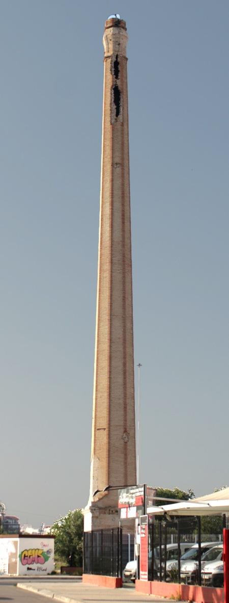 Chimenea de la tejera Sancho Llop, Gandía (Valencia). Autor: José Luis Bouzas